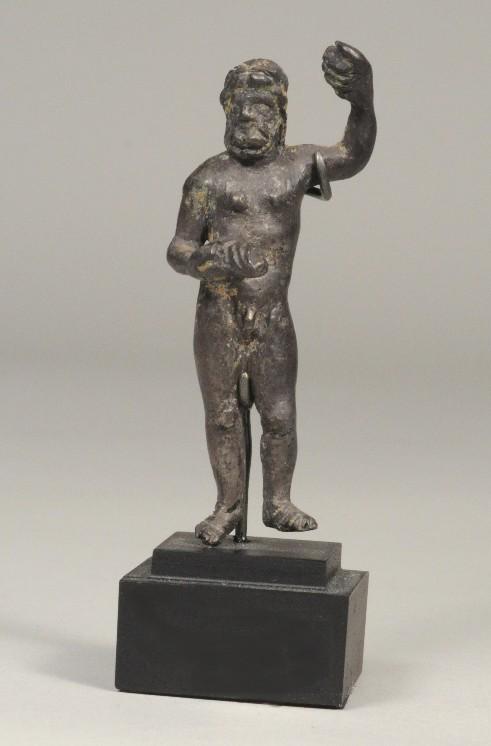 Зевс, серебро. I - III вв. н.э. Высота 6,5 см.