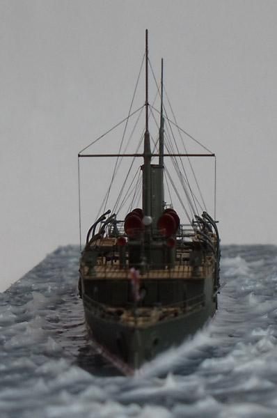 гремящий канонерская лодка
