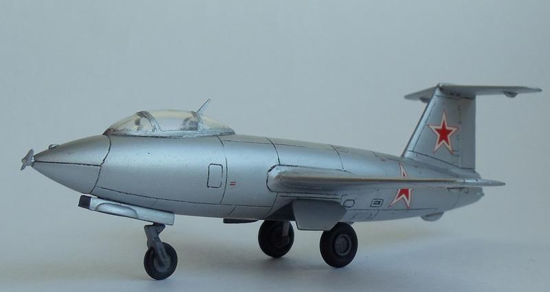 И-270 — опытный истребитель с ракетным двигателем ОКБ Микояна