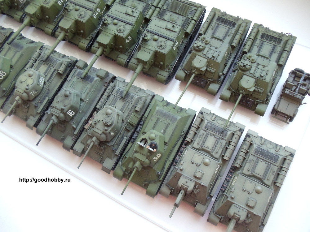 Набор советских танков и САУ. Масштаб 1/72