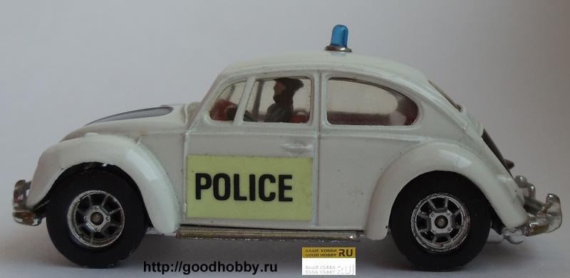 Фольксваген Жук полицейский. Масштаб 1/43. Фирма Matchbox