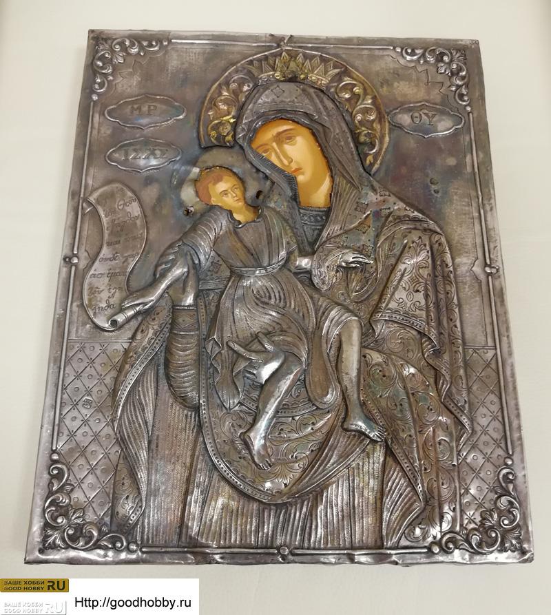 Икона в серебряном окладе
